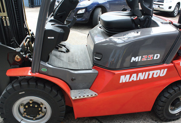 Manitou -MI-25-D,-forklift ,-review ,-ATN3