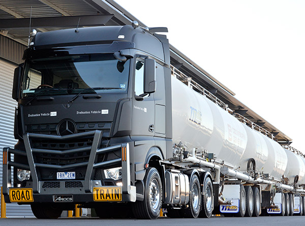 Top five mercedes benz trucks from the last decade news for Mercedes benz trucks