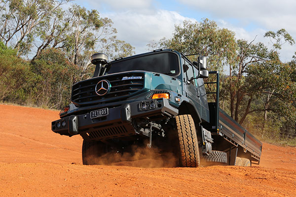 Mercedes benz zetros 4x4 and 6x6 truck review for Mercedes benz 4x4 truck