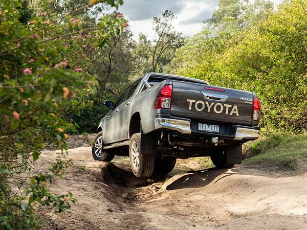 Head -to -head ,-Holden -Colorado -Z71-vs -Toyota -Hilux -SR5,-Review ,-Matt -Wood ,-ATN7