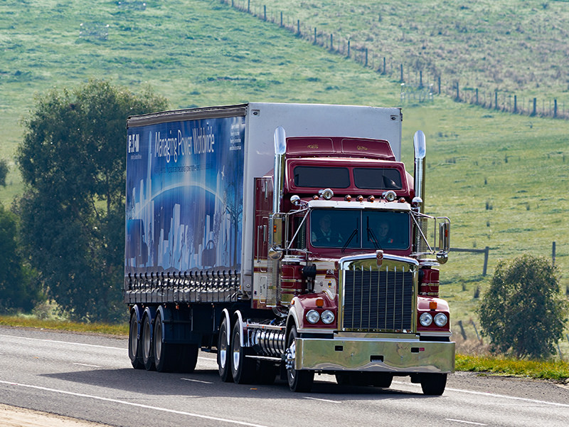 The Kenworth Legend T900 in action